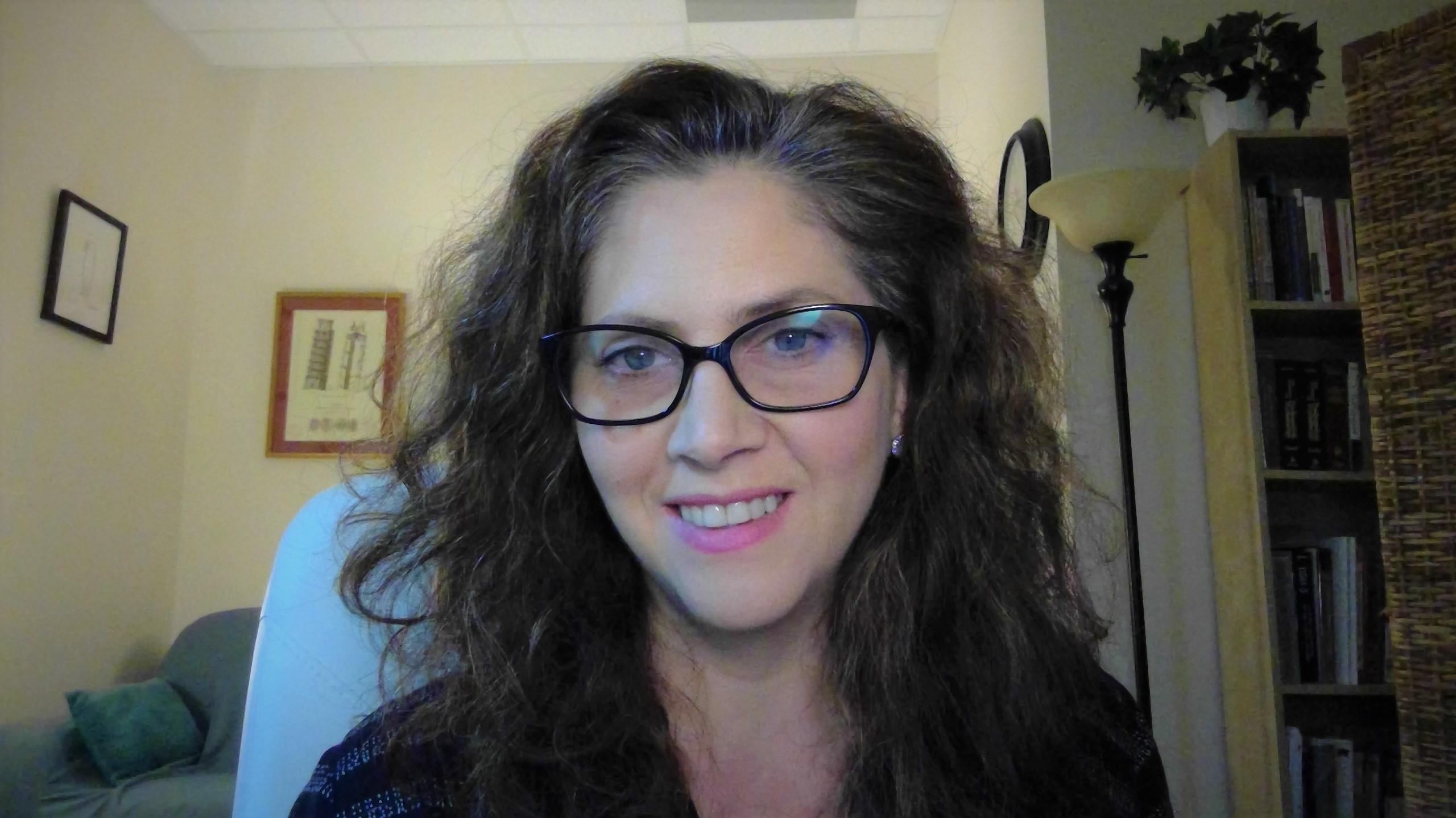 Mariana Carabantes, Psy.D., Psychologist